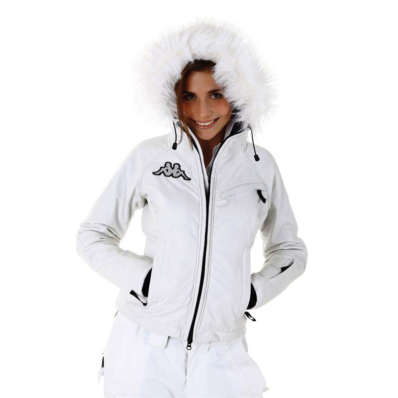 Essere fashion anche sulla neve  Si può! – SEMIO-fashion TheCITY 587d356f484